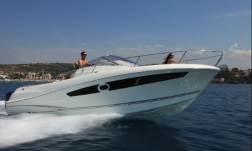 Image of Jeanneau Cap Camarat 8.5 WA for sale in France for €98,000 (£85,751) HYERES, France