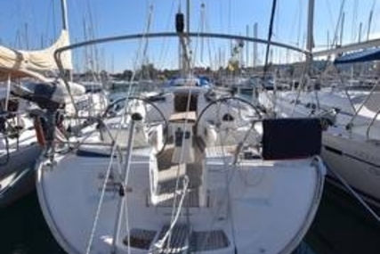 Bavaria 46 Cruiser for sale in United Kingdom for €85,000 (£74,554)