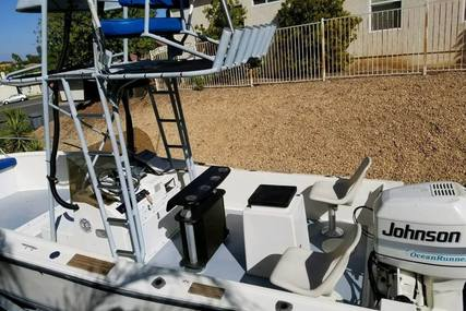 Mako 22 for sale in United States of America for $18,500 (£13,320)