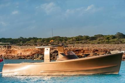 Alen 42 for sale in Spain for €250,000 (£221,331)