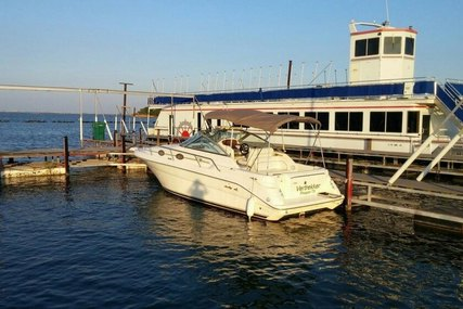 Sea Ray 270 Sundancer for sale in United States of America for $32,900 (£23,536)