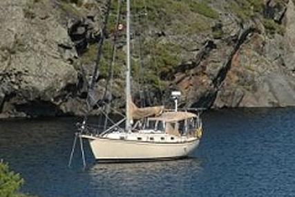 Island Packet 35 for sale in United Kingdom for £67,750
