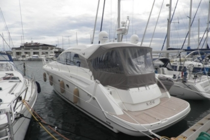 Prestige 440 S for sale in France for €280,000 (£246,475)