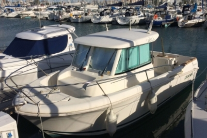 Jeanneau Merry Fisher 655 Marlin for sale in France for €24,000 (£21,191)