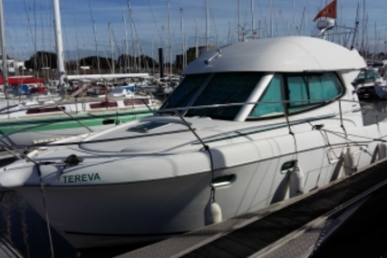 Jeanneau Merry Fisher 925 for sale in France for €44,900 (£39,618)