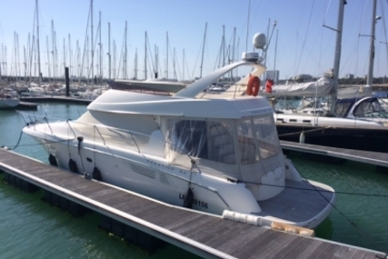 Prestige 42 for sale in France for €229,000 (£202,546)
