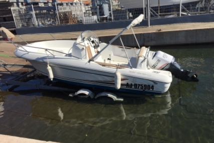 Beneteau Flyer 650 Open for sale in France for €18,500 (£16,504)