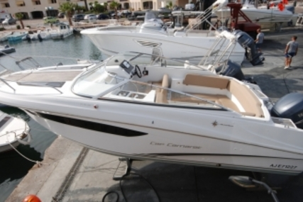 Jeanneau Cap Camarat 7.5 DC for sale in France for €33,000 (£29,340)