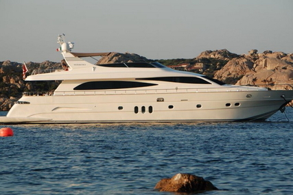Canados 86 for sale in Spain for €1,990,000 (£1,776,389)