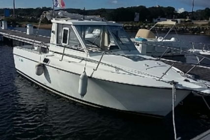 Beneteau Antares 680 LB for sale in France for €19,500 (£17,247)