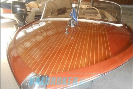 Riva Junior for sale in Italy for €45,000 (£39,612)