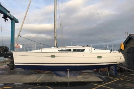 Jeanneau Sun Odyssey 32i Lifting Keel for sale in Ireland for €44,500 (£38,439)