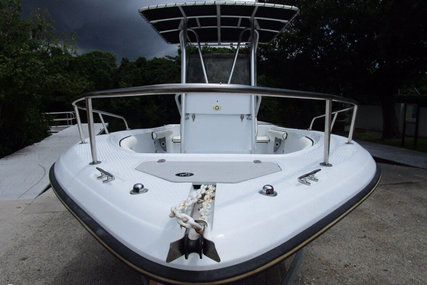 Triumph 210 Center Console for sale in United States of America for $14,400 (£10,376)