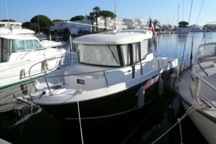 Jeanneau Merry Fisher 755 Marlin for sale in France for €36,000 (£31,618)