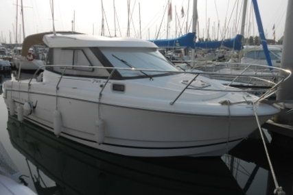 Jeanneau Merry Fisher 755 Marlin for sale in France for €42,500 (£37,802)
