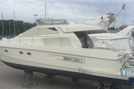 Ferretti 48 FLY for sale in Italy for € 120.000 (£ 104.363)