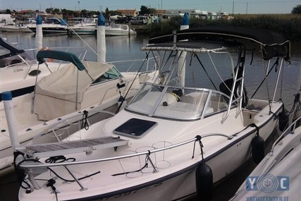 Mako MAKO 215 WA for sale in Italy for €32,000 (£28,141)