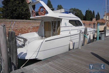 Carnevali 36 fly for sale in Croatia for €55,000 (£48,270)