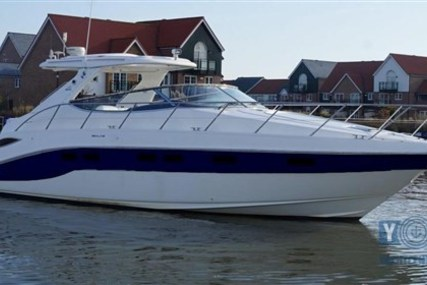 Sealine S41 for sale in Italy for €100,000 (£88,039)