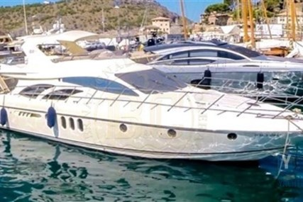 Azimut 62 for sale in Greece for €350,000 (£306,131)
