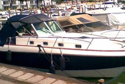 Beneteau Ombrine 900 for sale in Italy for €38,500 (£34,085)