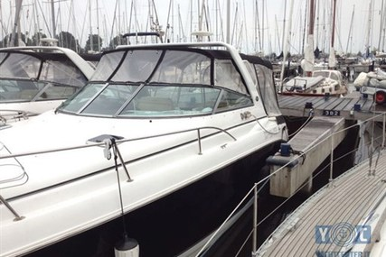 Rinker 300 Express Cruiser for sale in Netherlands for €79,500 (£70,125)