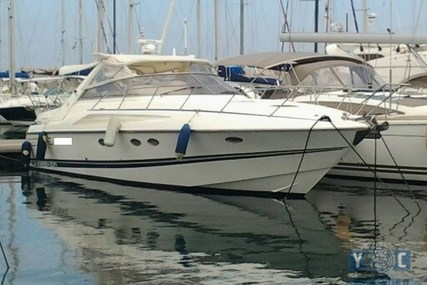 SUNSEEKER 42ft Mustique for sale in France for €73,000 (£64,196)