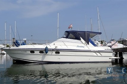 Fairline Targa 33 for sale in Italy for €35,000 (£30,735)