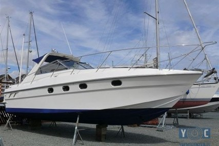 Fairline Targa 33 for sale in Italy for €38,000 (£33,662)
