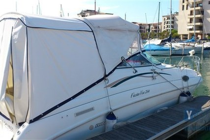 Rinker Fiesta Vee 266 for sale in Italy for €19,000 (£16,971)