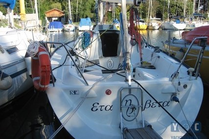 X-Yachts 302 MKII for sale in Italy for €49,000 (£42,822)