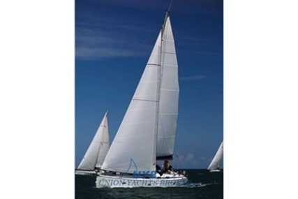 Bavaria 42 for sale in Italy for €75,000 (£65,872)