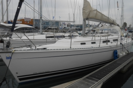 Hanse 371 for sale in France for €65,000 (£57,217)