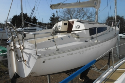 Jeanneau Eolia for sale in France for €5,500 (£4,853)