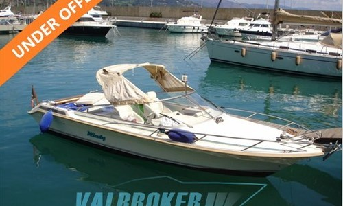 Image of Windy 7500 for sale in Italy for €21,500 (£19,046) Lake Como, Italy