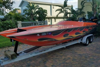 Active Thunder 24 Thunder Cat for sale in United States of America for 23.900 $ (17.015 £)