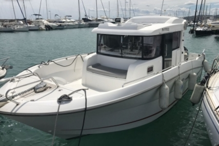 Beneteau Barracuda 9 for sale in France for €78,000 (£68,984)