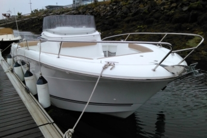 Jeanneau Cap Camarat 8.5 CC for sale in France for €65,000 (£57,089)