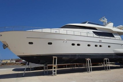Sanlorenzo 72 for sale in Italy for €1,250,000 (£1,095,722)