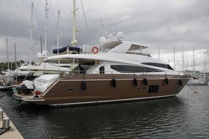 Princess 95 for sale in Italy for €2,900,000 (£2,564,942)