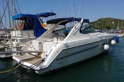 Maxum 4100 for sale in Croatia for €79,000 (£69,670)