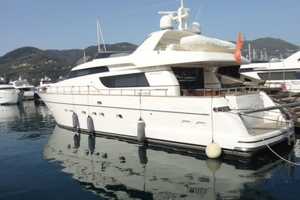 Sanlorenzo 72 for sale in Italy for €1,500,000 (£1,313,922)