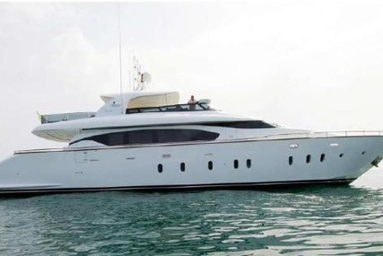 Maiora Fipa  27 for sale in Italy for €1,500,000 (£1,323,498)