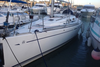 Dufour 34 Performance for sale in France for €65,000 (£57,440)