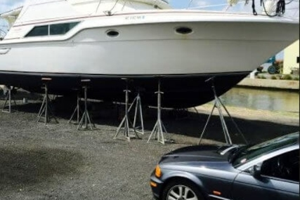 Cruisers Yachts 4280 Express Bridge for sale in United States of America for $28,400 (£20,601)
