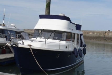 Beneteau Swift Trawler 34 for sale in France for €179,000 (£157,807)
