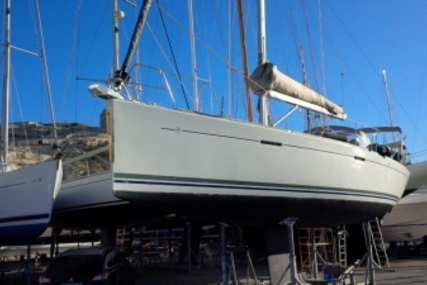 Dufour 425 Grand Large for sale in France for €109,000 (£96,183)