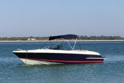 Chris-Craft 22 Launch for sale in Portugal for €38,500 (£33,895)