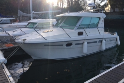 Ocqueteau 815 for sale in France for €64,900 (£57,001)