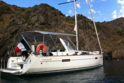 Beneteau Oceanis 41 for sale in France for €158,000 (£139,413)